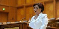 Carmen-Holban-in-Parlament.jpg